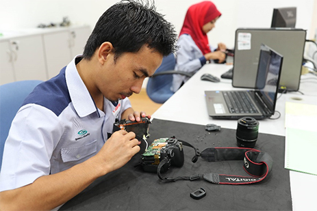 Canon Opens Customer Care Centre at Low Yat Plaza - Canon Malaysia